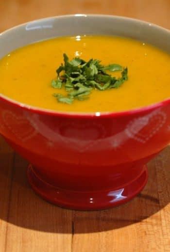 Soupe de carotte épicée à la clémentine de Corse de le frigo magique